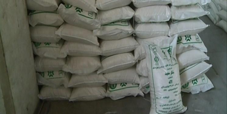 کشف ۴۰ تن شکر قاچاق در انبارهای شهرستان ری
