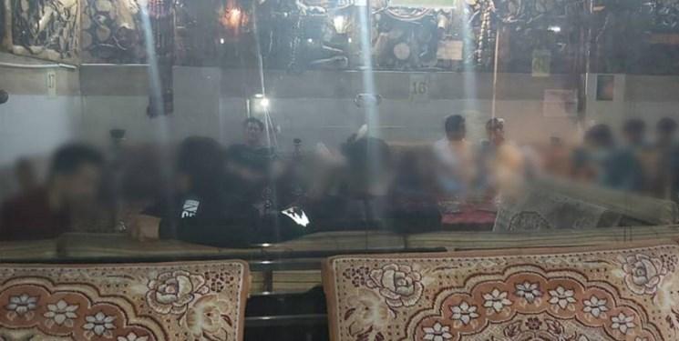 پلیس اماکن بیش از ۳۰ واحد صنفی متخلف را در ری پلمب کرد