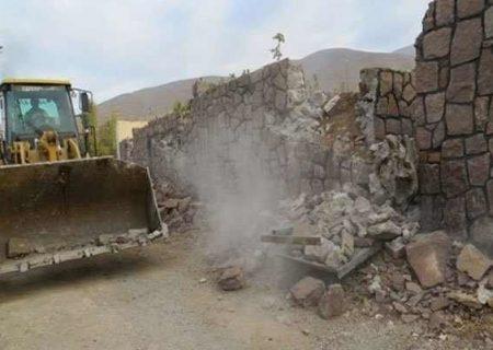 ١٧ مورد ساخت و ساز غیرمجاز در زمینهای کشاورزی کهریزک تخریب شد