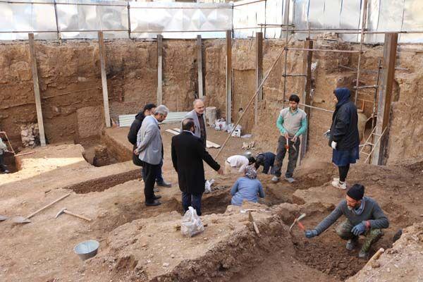 کارشناسان میراث فرهنگی علت ریزش دیوار آسیاب قدیمی شهرری را بررسی می کنند
