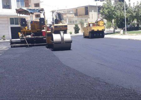 ۲۴ هزار مترمربع از معابر شهر کهریزک لکهگیری و آسفالت شد