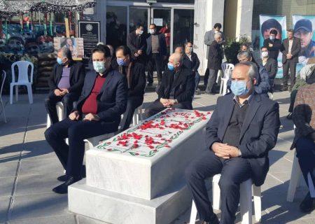 مزار شهدای قیام ۱۸ دیماه شهرری غبار روبی شد