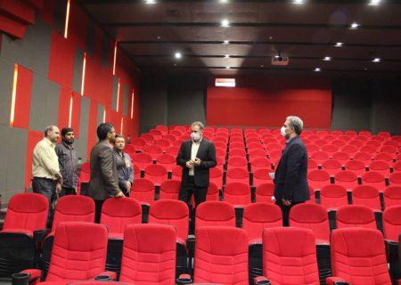 بازدید رئیس اداره فرهنگ و ارشاد ری از سینمای تازه تاسیس کهریزک