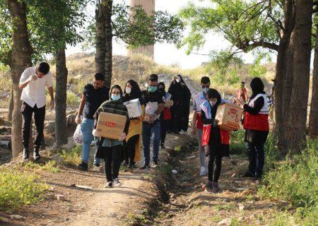 اجرای طرح همدلی توسط کانون دانشجویی هلال احمر شهرستان ری