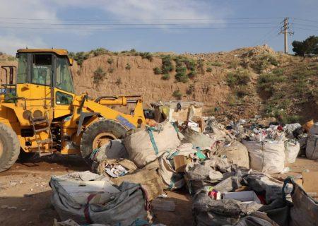 هفت مجتمع غیرمجاز تفکیک زباله در بخش خاوران جمع آوری شد
